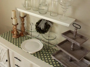 Grouping Collections: A Creative Way to Declutter and Organize Your Kitchen