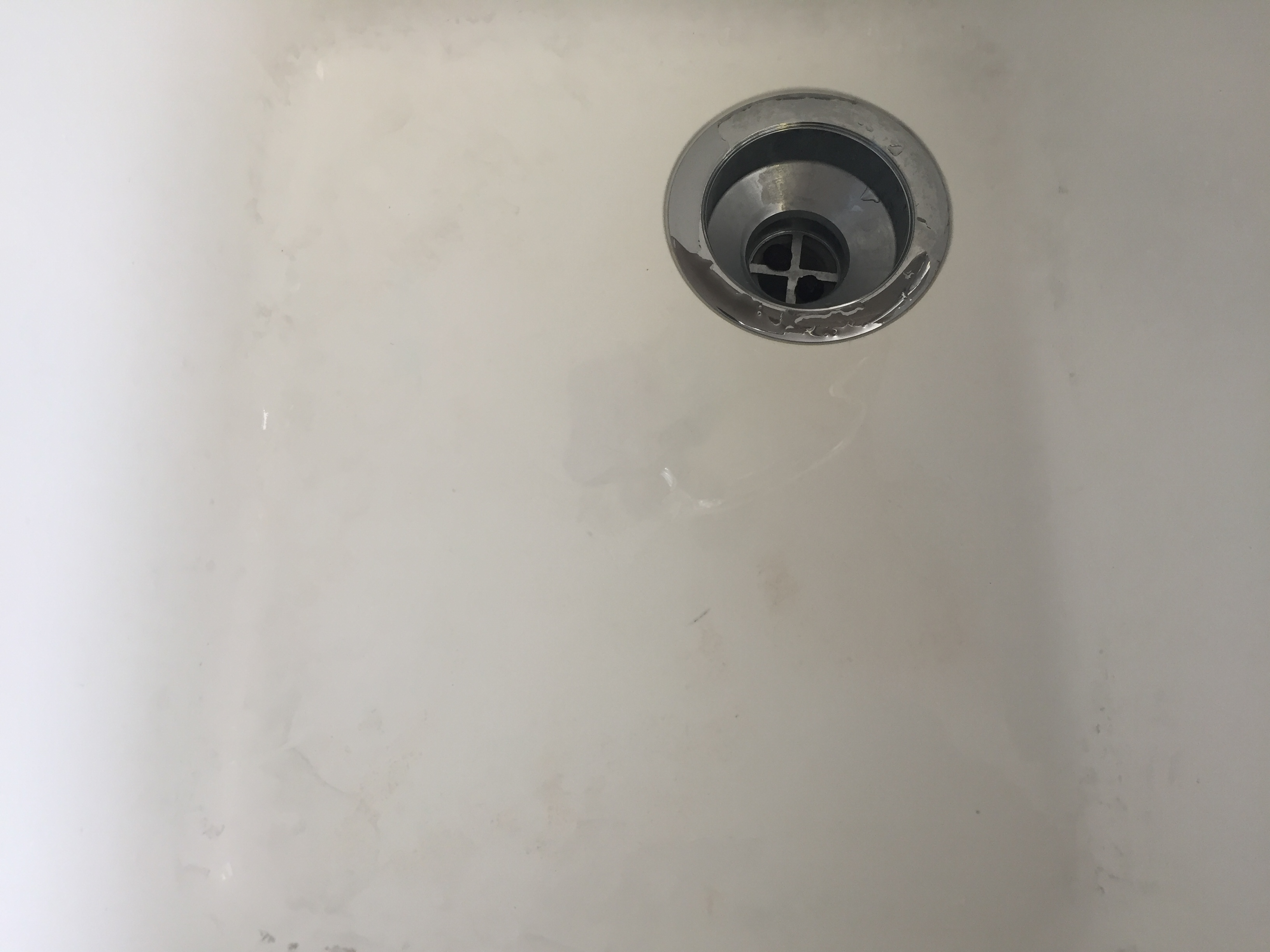 The Secret To Removing Stains From Your Porcelain Sink Kitchola - Remove stains from bathroom sink