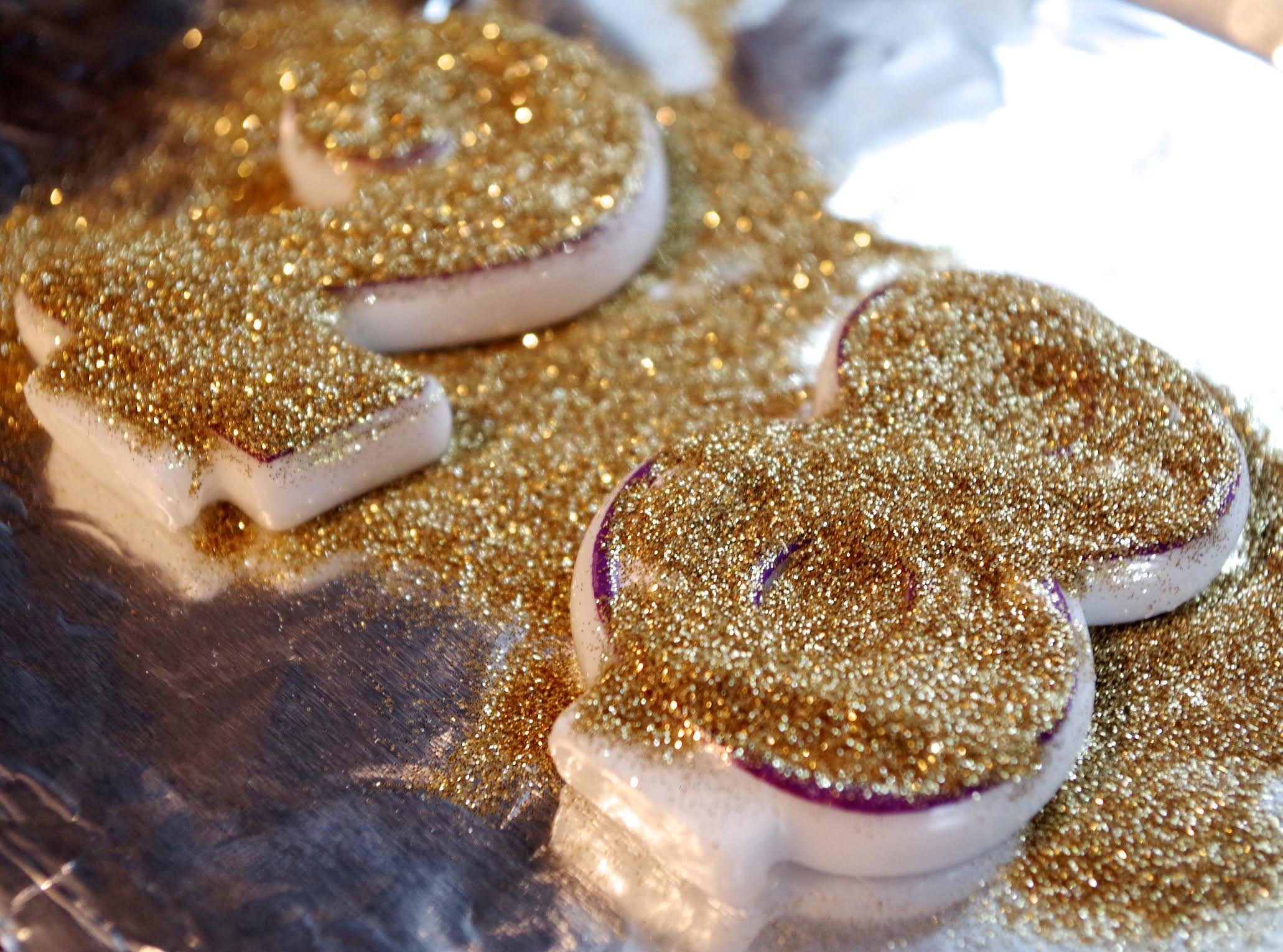 gold glitter candels 2 and 8
