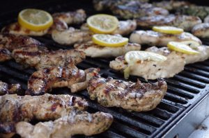 Mealtime Monday–A Barbecue Grill Favorite: Chicken