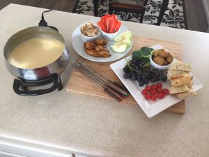 Tasty Cheese Fondue – Mealtime Monday