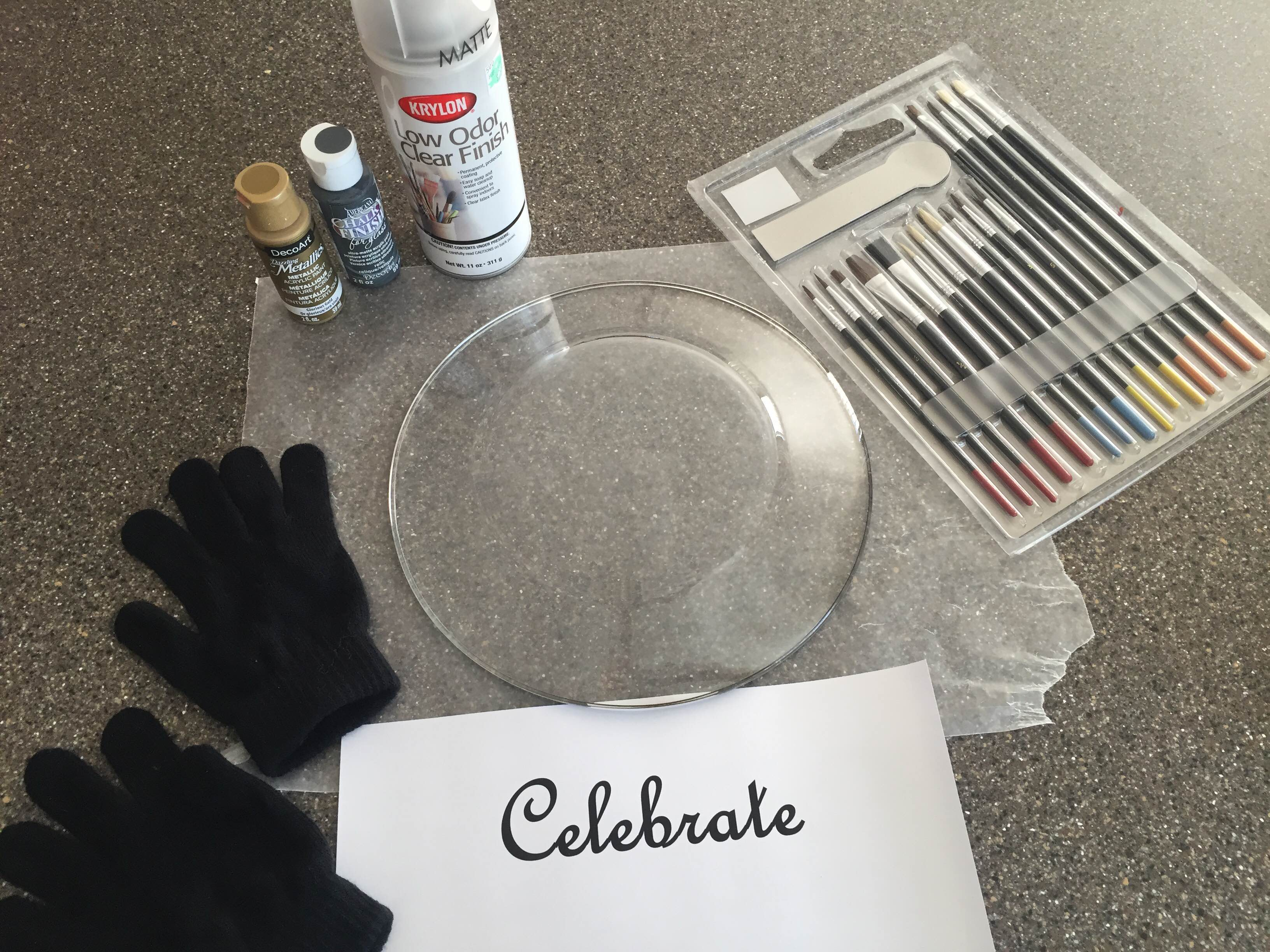 galss plate and painting supplies for painting on glass plate
